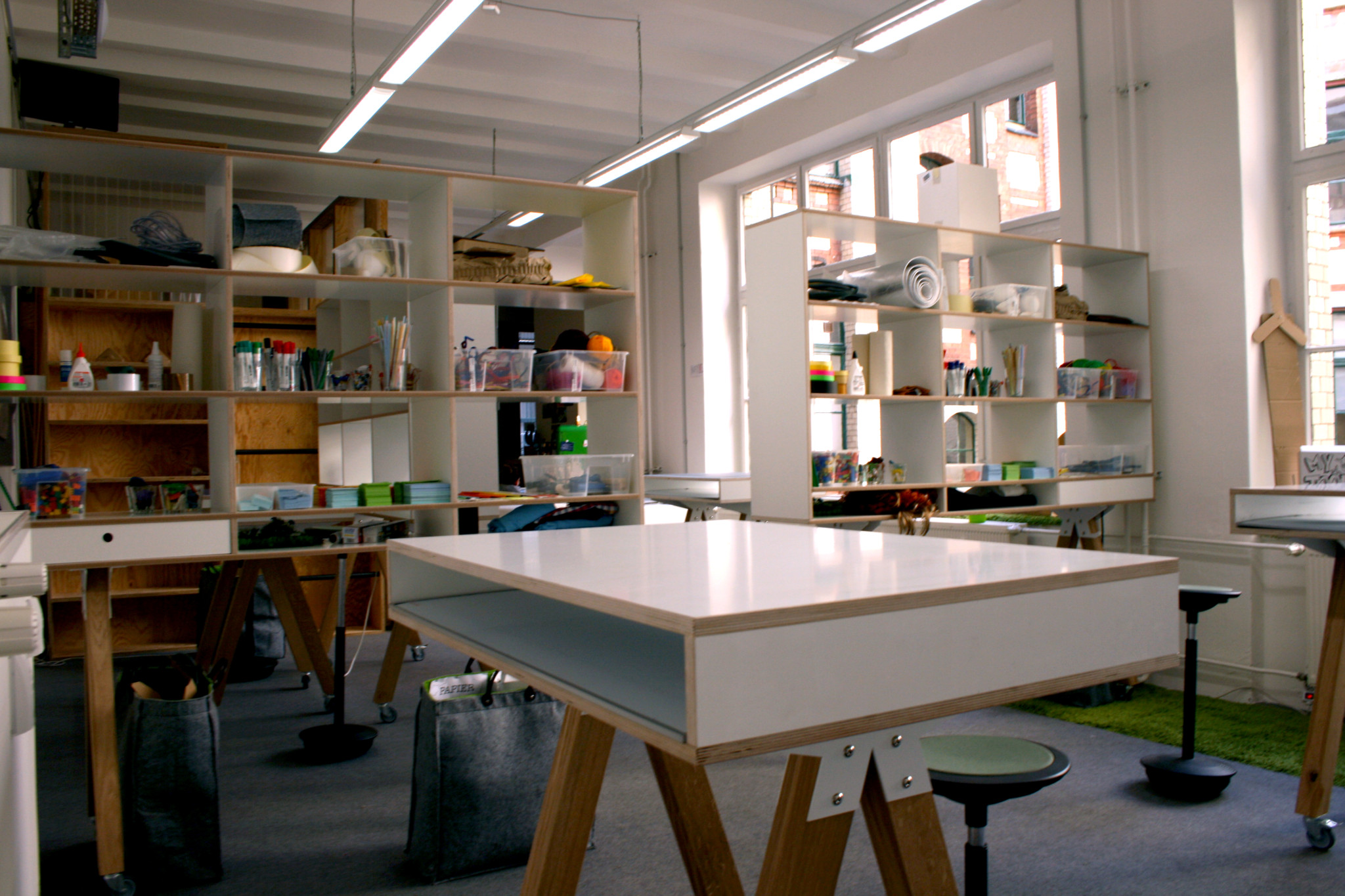 Designthinking tisch pool22 for Design thinking tisch