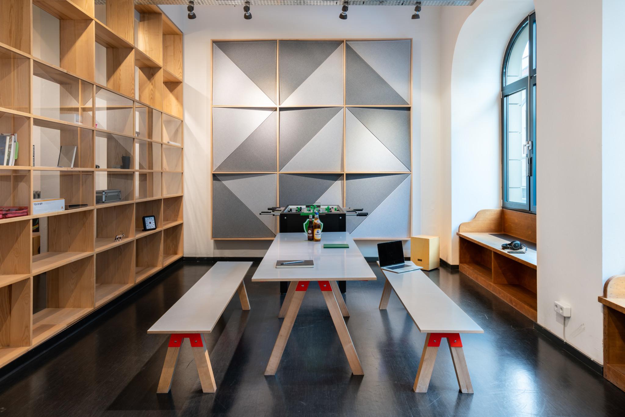 pool22_thomann_factory_office_interior_berlin_03395